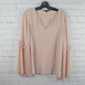 $10 Deal! Comma pink blouse